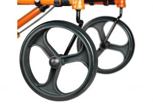 Les grandes roues solides du Sidekick™ de Hugo®